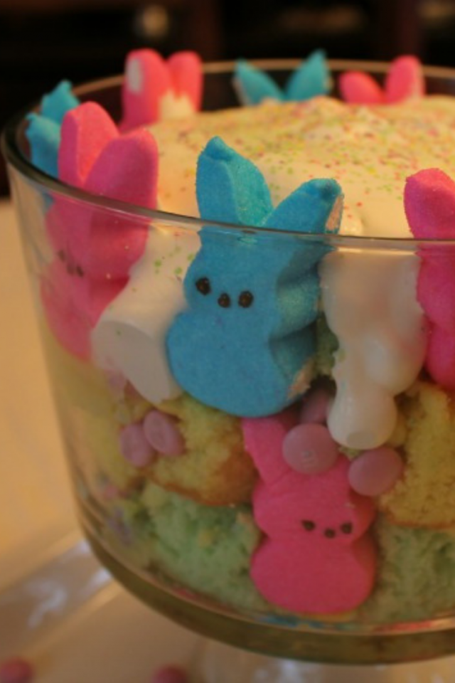 Since my family loves springtime and loves to eat little marshmallow and sugar-coated bunnies, I decided to make them a Springtastic PEEPS® Trifle.