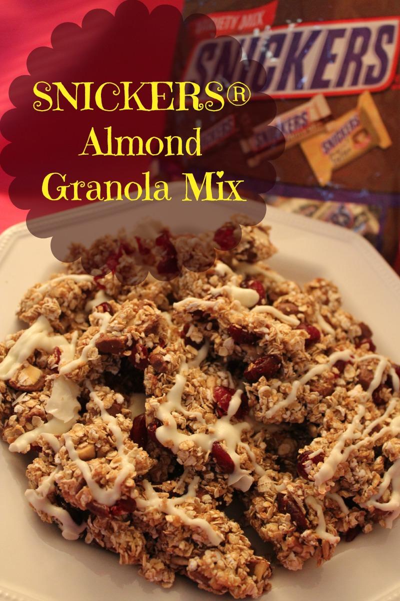 SNICKERS® Almond Granola Mix