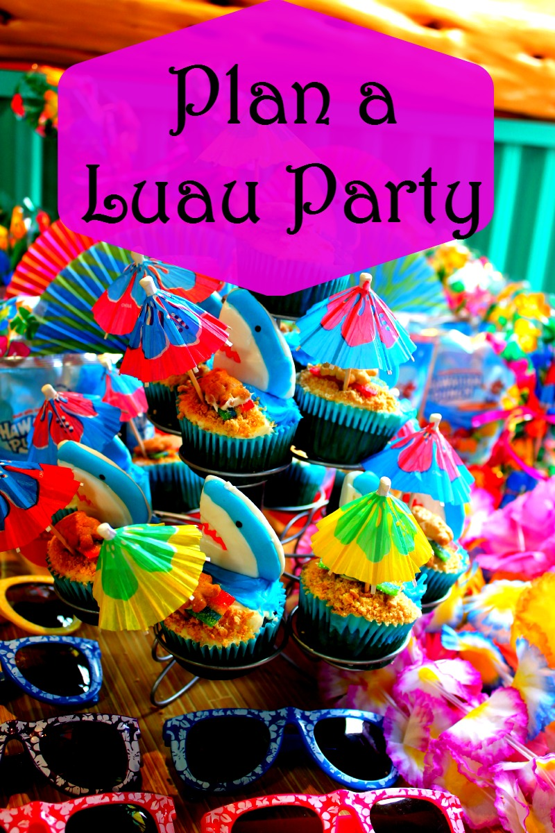 Plan a luau party house of fauci 39 s for Luau decorations