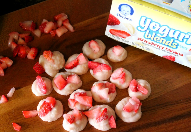 Strawberry Banana Yogurt Bites Made With Gerber Cereal