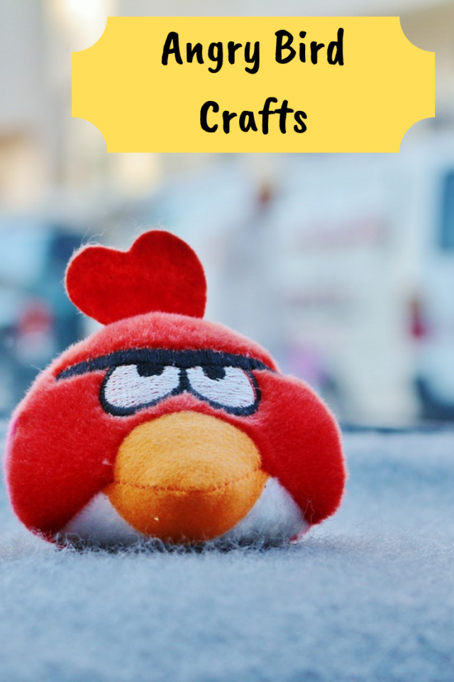 With the new Angry Birds movie out, I thought it would be fun to gather and share with you 10 Out of This World Angry Birds Crafts.