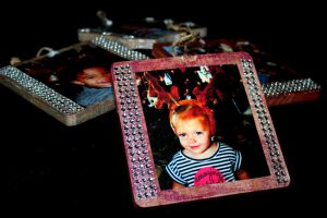 DIY Simple Picture Ornament