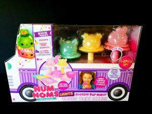 Num Noms Lights Freezie Pop Maker Toy Review
