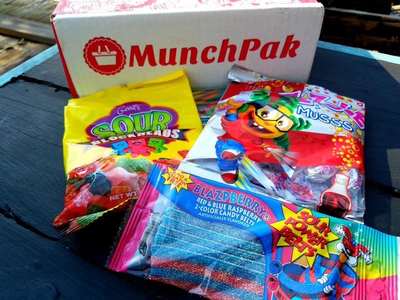 MunchPak Unboxing Subscription Box