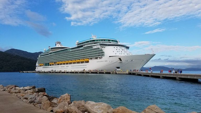 It is important to be polite, courteous and respectful when on a cruise. Here are some great reminder tips.