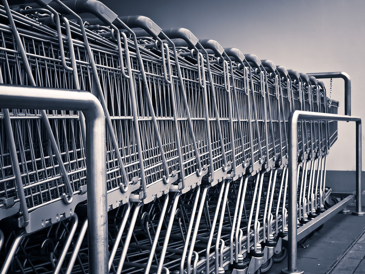 10 Reasons You Should Have Groceries Delivered to Your Home - House of Fauci's