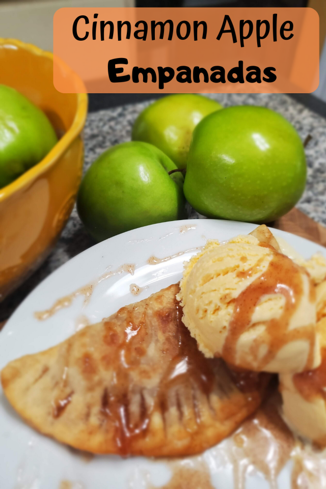 A delicious and easy to make dessert that is perfect when you top it with vanilla ice cream. Here is how to make Cinnamon Apple Empanadas.
