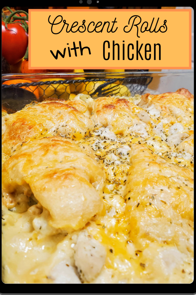 Crescent Rolls with Chicken is an on the go meal for busy families & it's also a meal that kids will absolutely love.