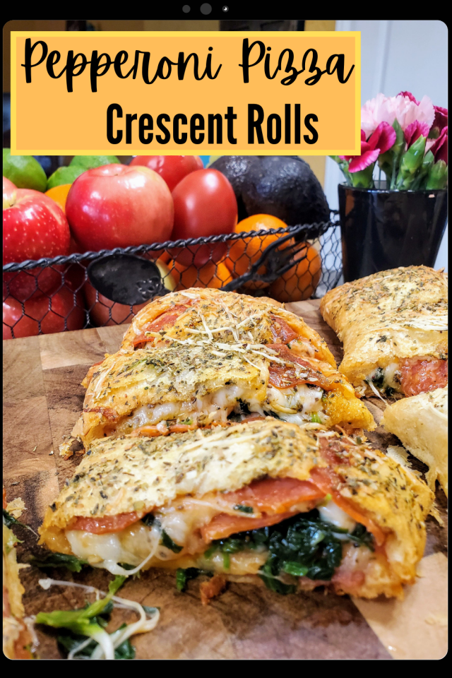 Crescent Rolls Pepperoni Pizza Pinwheels are the perfect kid friendly meal for all kids. They are delicious & easy to make for busy moms.